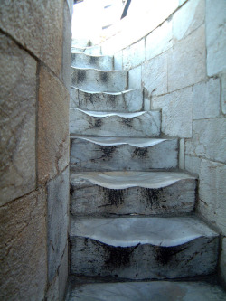 Warped steps from hundreds of years of wear (image: http://sixpenceee.com/post/104975357804/the-worn-marble-steps-at-the-leaning-tower-of )